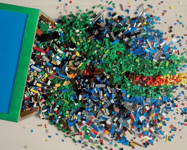 Почему стоит подарить ребёнку LEGO