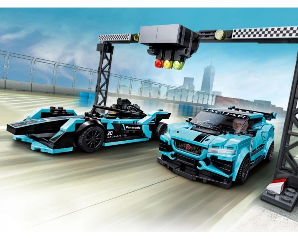 76898 Formula E Panasonic Jaguar Racing GEN2 car & Jaguar I-PACE eTROPHY Lego Speed Champions