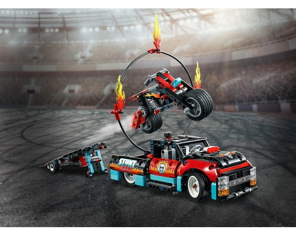 42106 Шоу трюков на грузовиках и мотоциклах Lego Technic