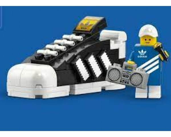Конструктор LEGO 40486 Кроссовок adidas Originals Superstar Mini