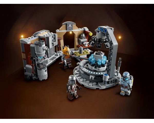 Конструктор LEGO Star Wars 75319 Мастерская Мандалорки-Кузнеца