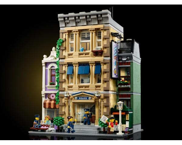 Конструктор LEGO Creator 10278 Полицейский участок